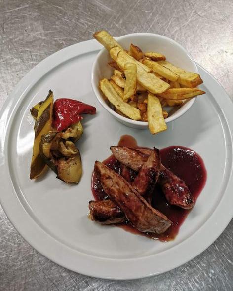 restaurant-le-combalou-roquefort-viande